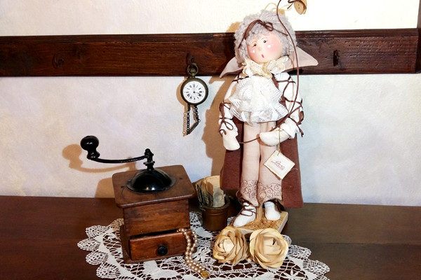 Bambola da collezione Agnese